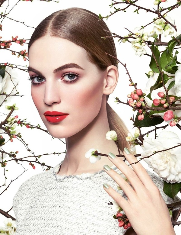 CHANEL Spring 2015 Reverie Parisienne Beauty Collection