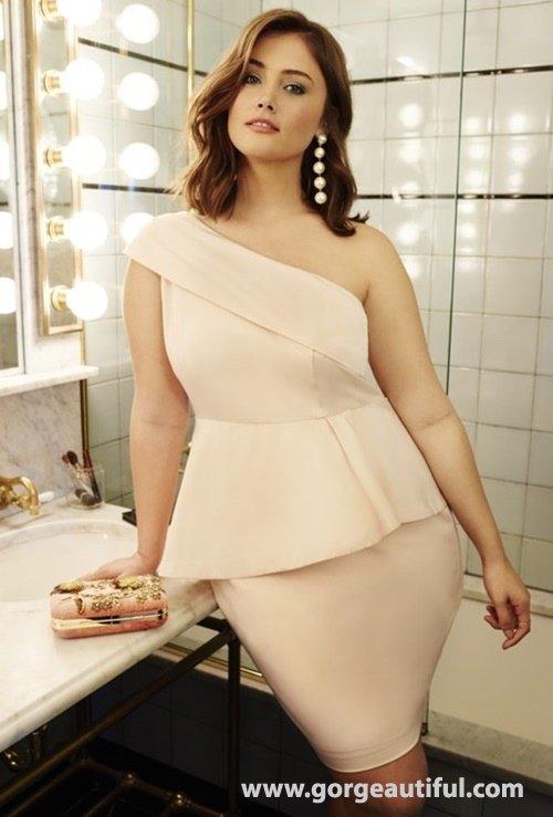 ELOQUII 2017 Plus Party Size Dresses 04