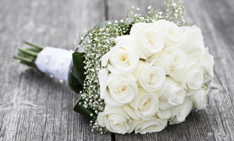 4 Wedding Flower Arrangement Tips for Savvy Couples