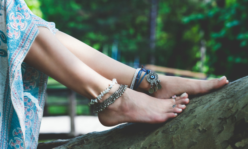 5 Facts About Wearing Ankle Bracelets